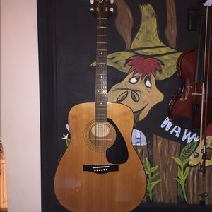 Yamaha FG-400 acoustic guitar